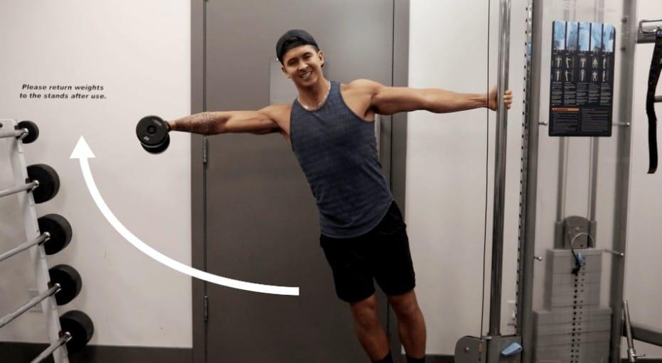 wider shoulder workout